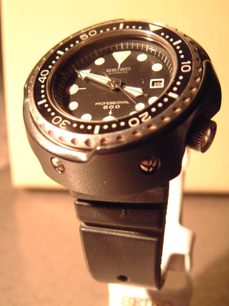 Valve a hélium sur les montres de plongée 002_mid